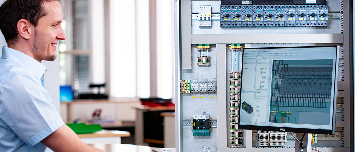 Switch Cabinet Construction: according to current guidelines and strict regulations